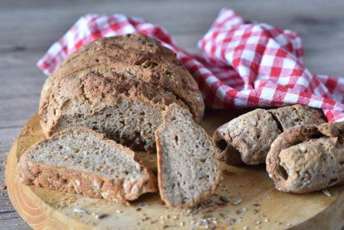 Pane nero senza glutine