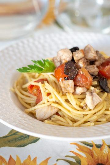 Spaghetti con pesce spada senza glutine